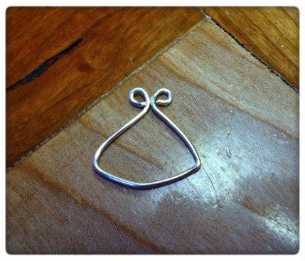 lilyforthespectrenecklace3