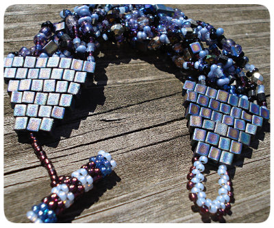 quality beadwork, finishing beadwork, beadstitching, beadweaving, brickstitch, seed beads, glass seed beads, how to finish beadwoven bracelet